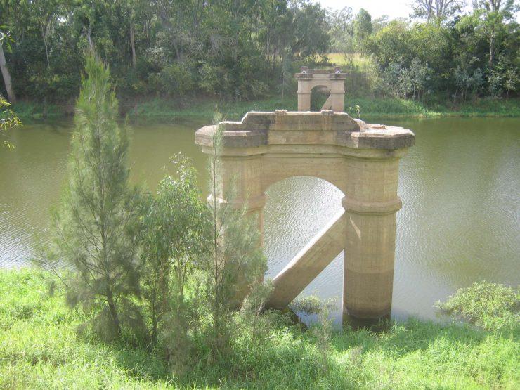 Reids Creek & remains of bridge