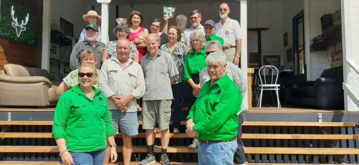 At the Linville Hotel, group of members on steps